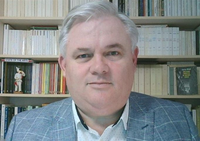 Profesorul Ciprian Mihali