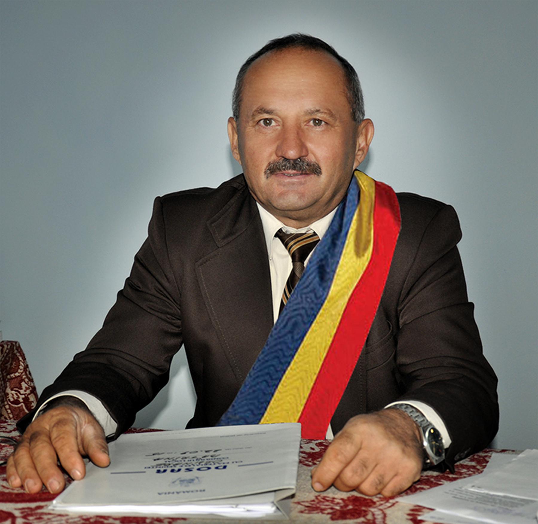 Primarul invatator Radu Herciu