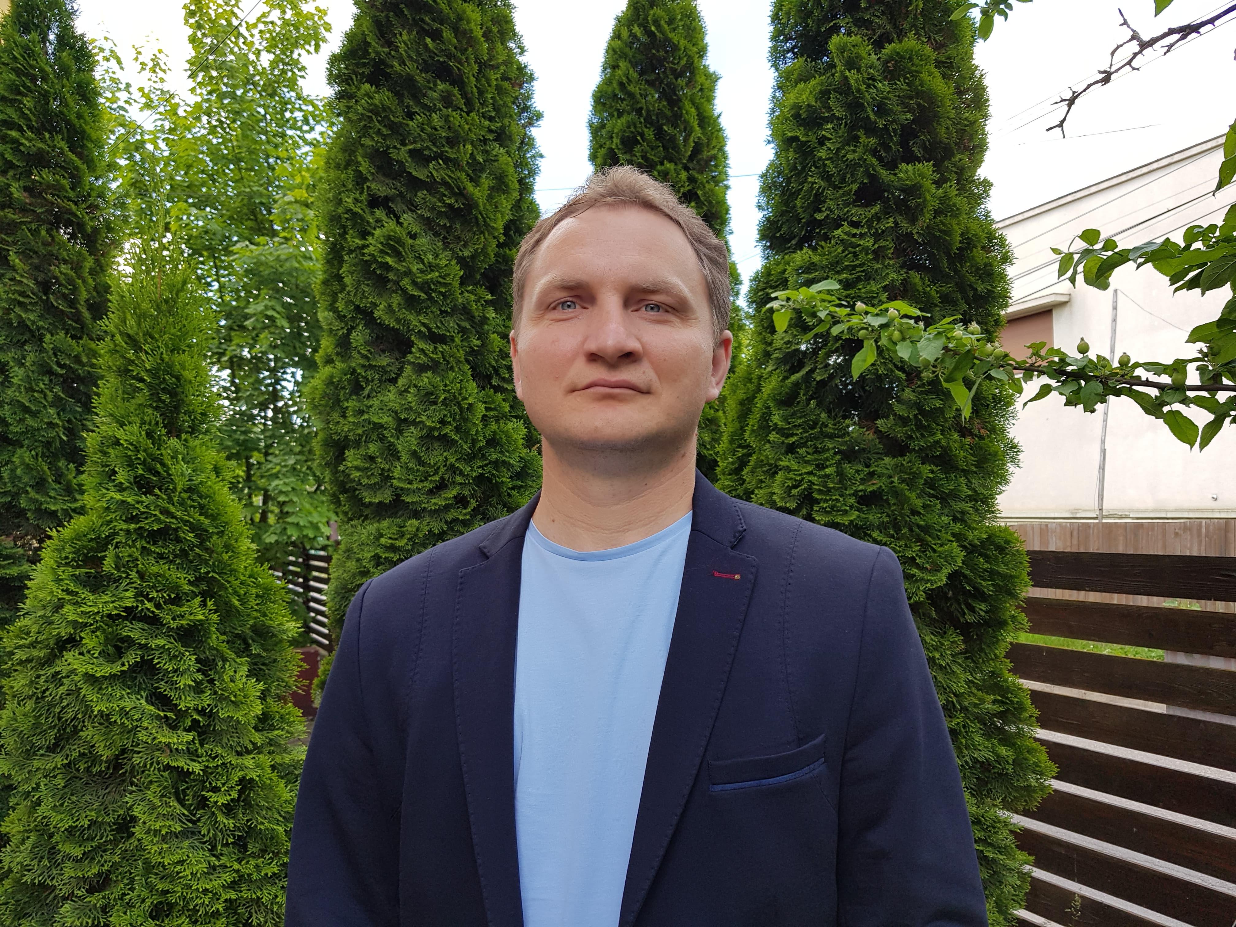 Profesorul Dragos Sdrobiș