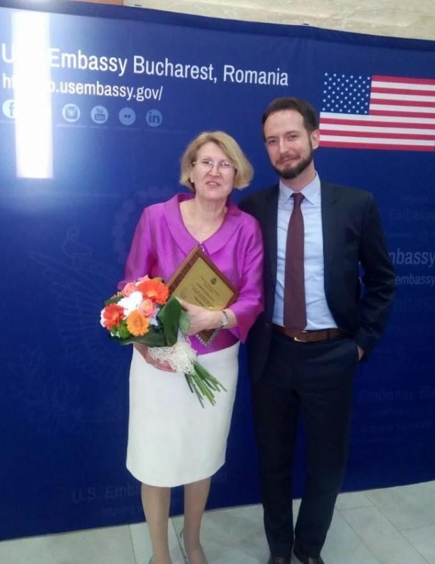 Violeta Dascălu, când a fost premiată de Ambasada SUA