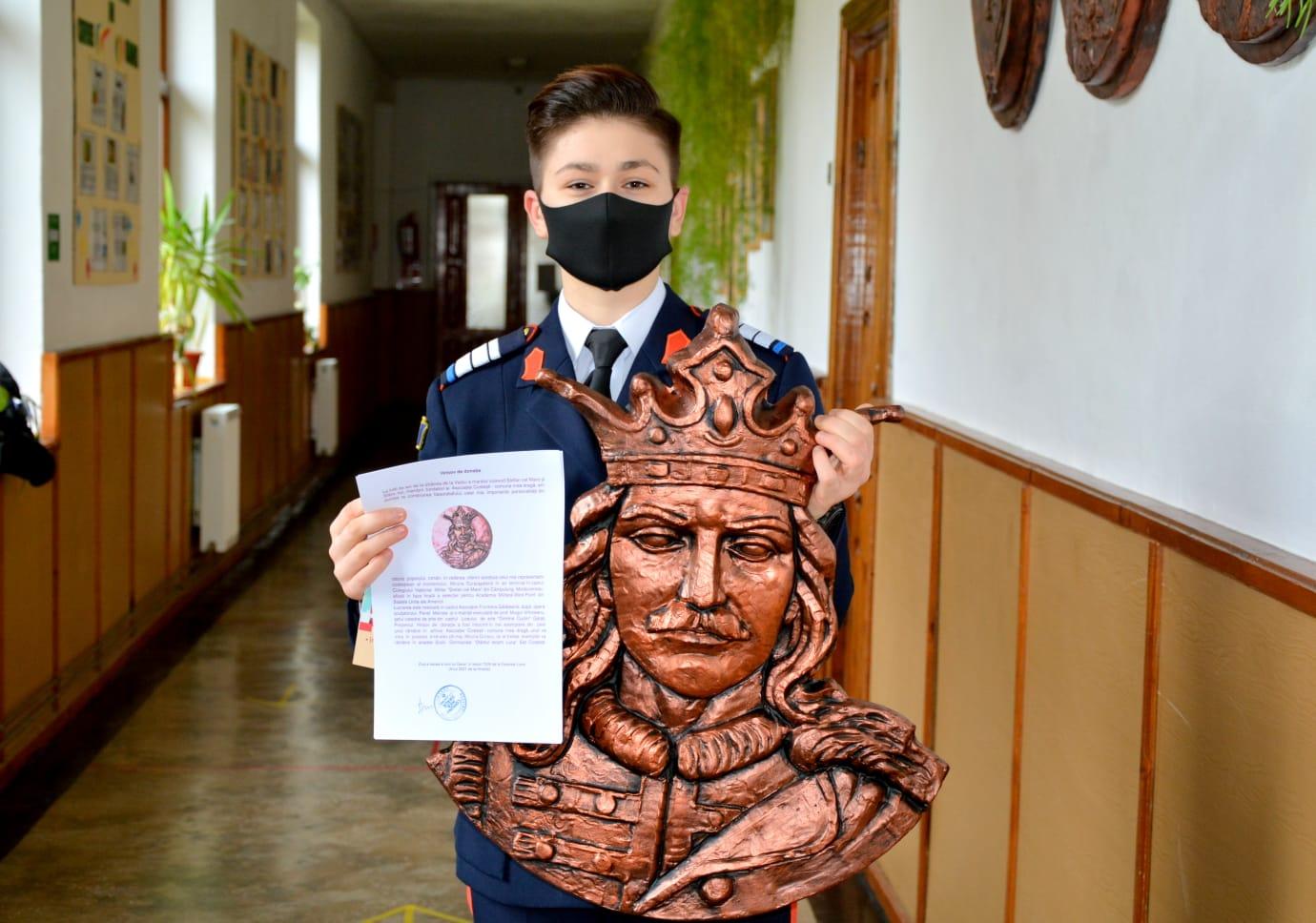 Miruna Duracu elevă Câmpulung